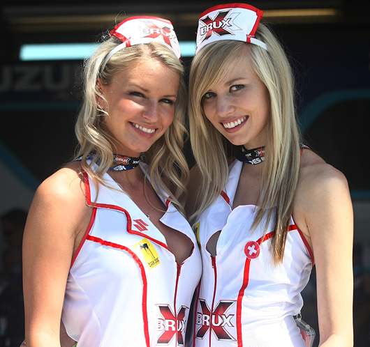 Alstare grid girls