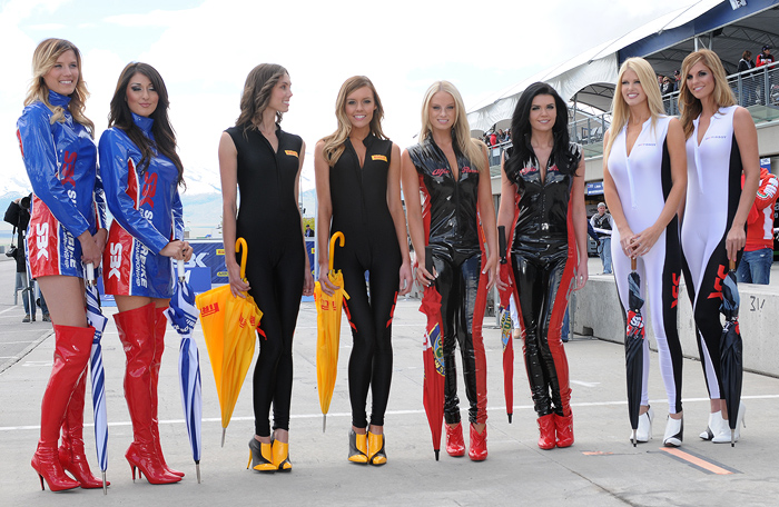 Fast dates grid girls Miller WSBK