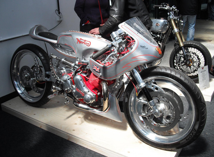 Norton monoshock custom cafe bike
