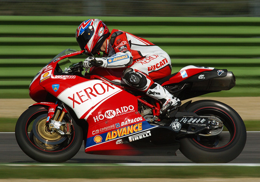Troy Bayliis in action on Ducati 999F06 at imola.