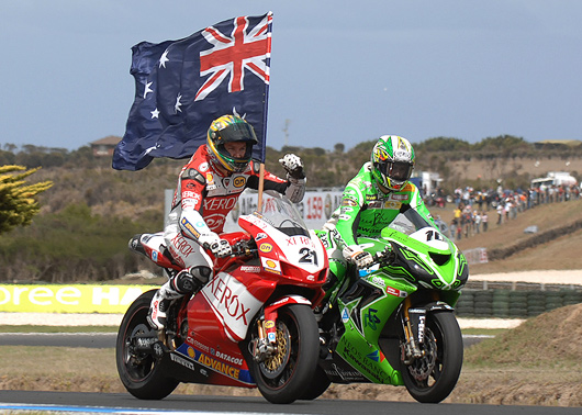 Troy Bayliss victory lap at Phillip Island