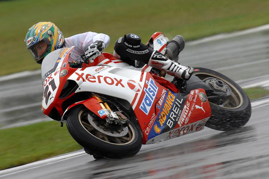 Troy Bayliss World Superbike Donningtonaction racing photo