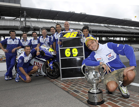 Valention Rossi Indy finish line trophy victory MotoGP