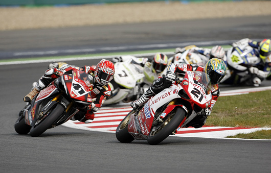 Bayliss Haga race action Magny-Cours