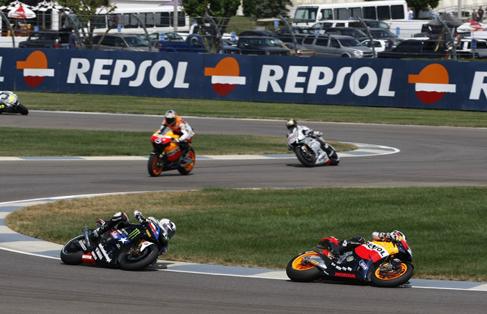 Indianapolis red Bull MotoGP start 2010 photo