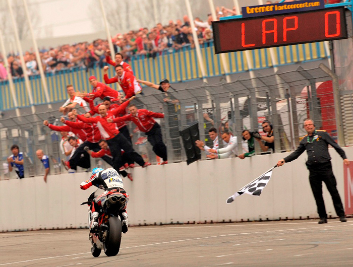 Carlow Checa, World Superbike win Assen