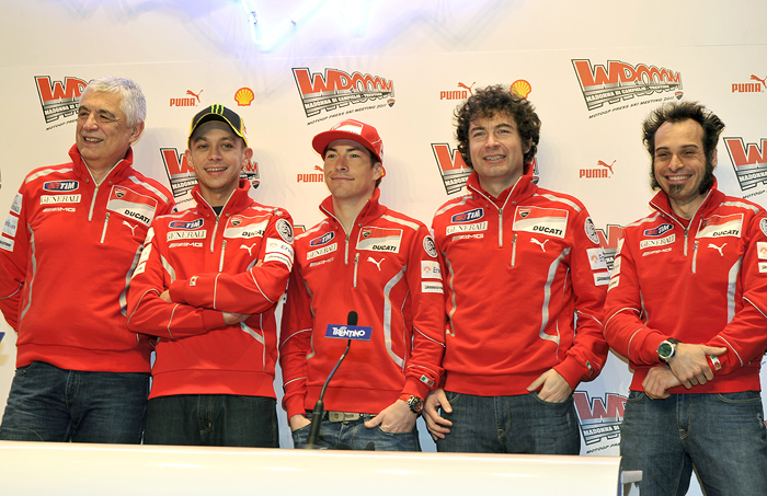 Ducati Wroom MotoGP Press Introduction with valentino Rossi and Nicky Hayden photo photograph picture
