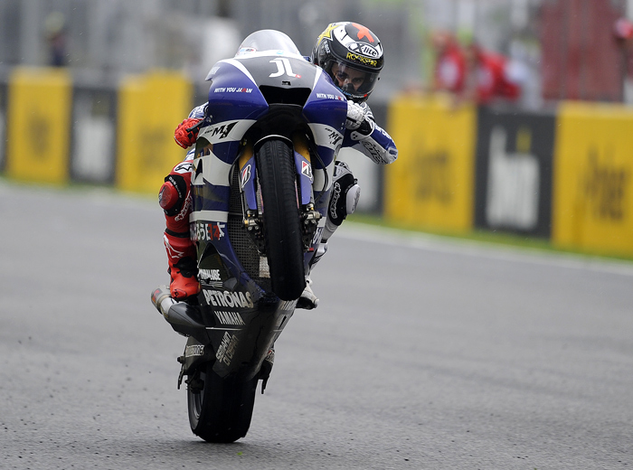 Jorge Lorenzo Jerez MotoGP action wheelie photo picture