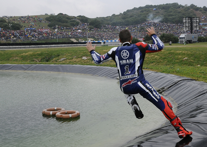 Jorge Lorenzo water jump photo wet