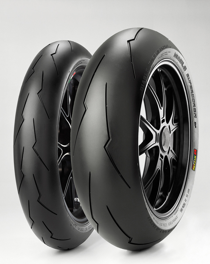 Pirelli Supercorse tire