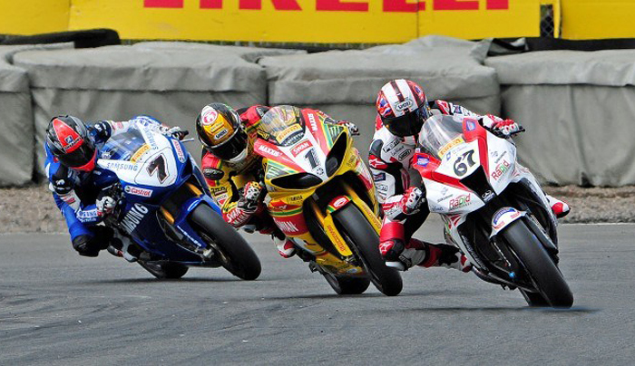 Shane Byrne, Tommy Hill, Michael laverty in British Superbike