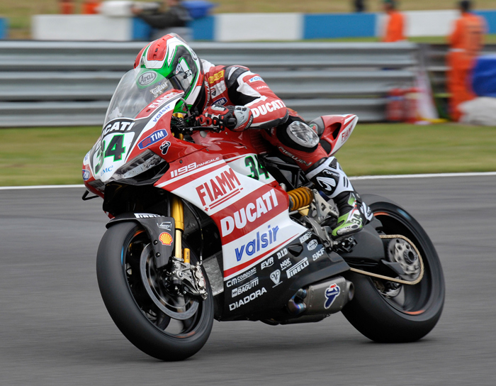 Giugliano action photo donnington WSBK