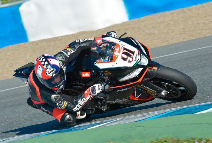 Leon Haslam photo Red Devils Aproilia RSV4 World Superbike photo picture