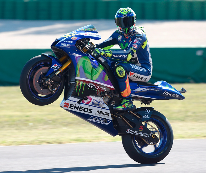 Valentio Rossi Misano MotoGP 2015 photo wheelie