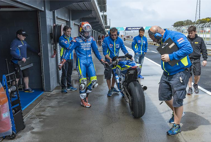 Maverick Viñales suzuki test photo 2016